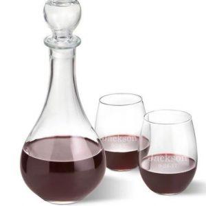 Image of memorial wine decanter.