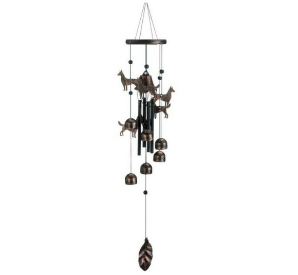 Image of memorial wind chimes.