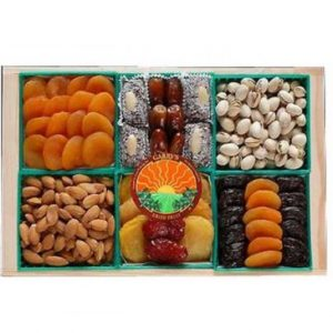 Image of dried fruit and nuts gift.
