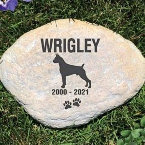 Image of Dog memorial.