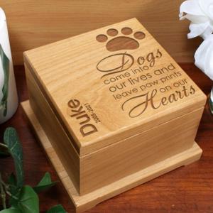 Image of pet urn.